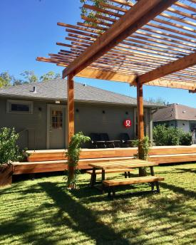 Heights Mercantile awning and picnic table