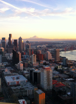 Up in Cloud 9 on top of the Space Needle Blog City View2