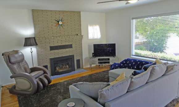 living room0.jpg