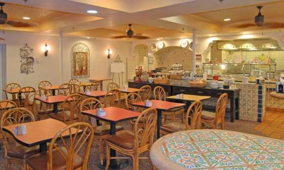 Breakfast Room0.jpg