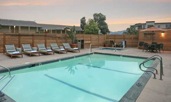 spyglass_inn_pismo_beach_hotel_pool original.jpg