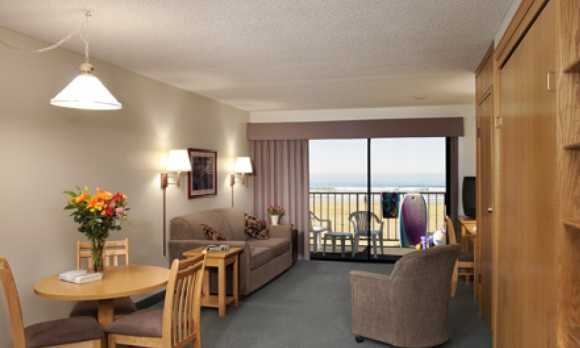 Living Room SG1Hres2.jpg