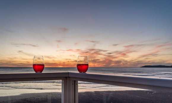 Double Decker-small-018-18-Enjoy the Sunset-666x445-72dpi.jpg