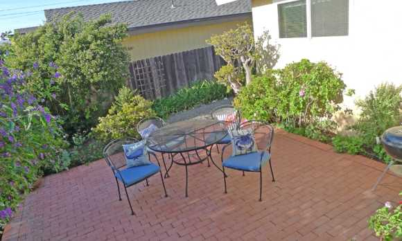 patio with charcaol bbq.jpg