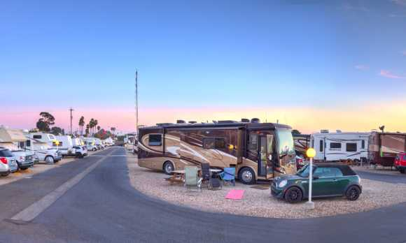 Sites for RVs up to 40' long