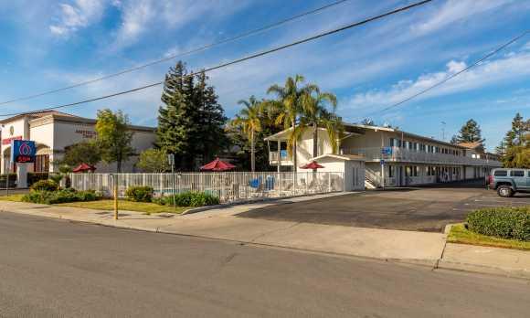 motel 6 slo north