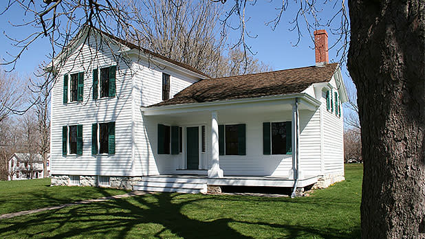 Elizabeth-Cady-Stanton-House-1-Photo-Courtesy-of-National-Park-Service