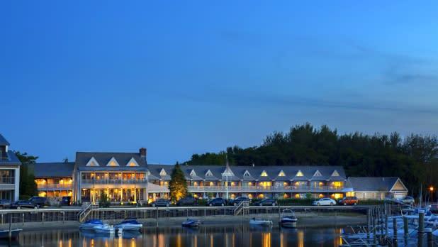 Baron's Cove Inn