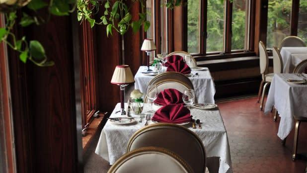 Restaurant tables at the Belhurst Castle