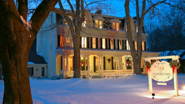 Cozy And Romantic Upstate New York Winter Getaways