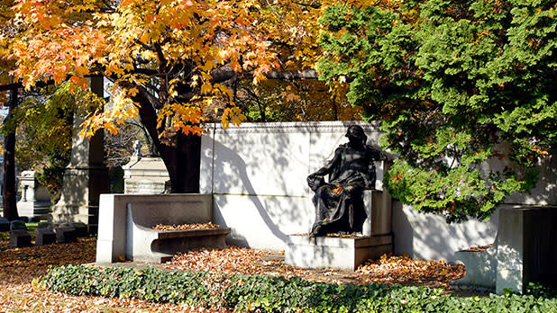 Joseph Pulitzer Tomb at Woodlawn National Cemetery