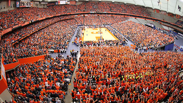 Crowd at Carrier Dome at Syracuse