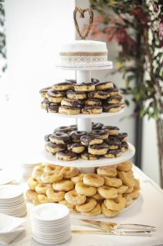 Doughnuts are becoming a popular reception choice. (Erika Brown Photography)