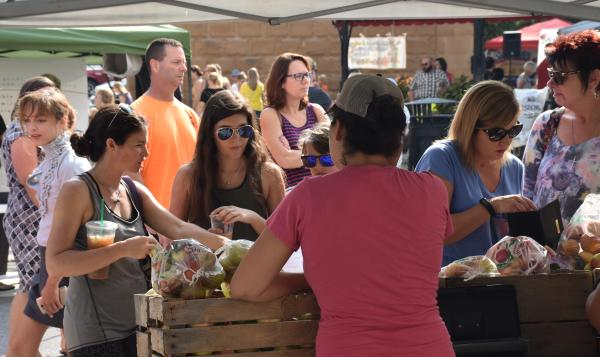Barr Street Farmers Marketing - Fort Wayne, IN