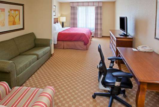 Country Inn & Suites Valparaiso