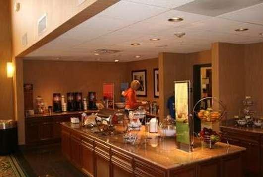 Hampton Inn and Suites Munster Hotel