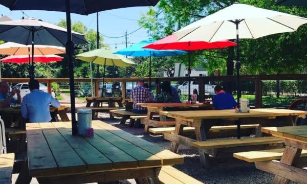 Beaver's restaurant patio in Houston
