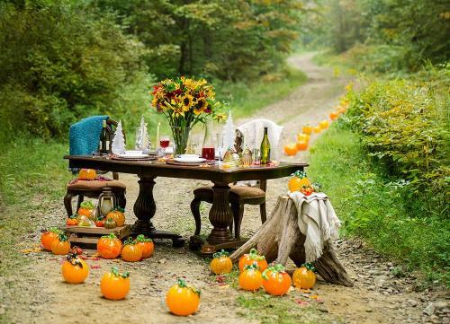 CMOG Fall Table