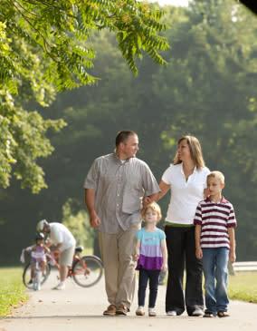 Family Walk - Real Estate & Apartments