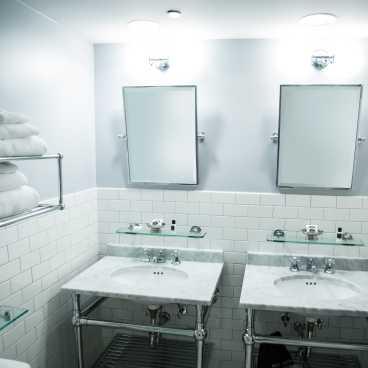 Q&C Superior Bathroom #2