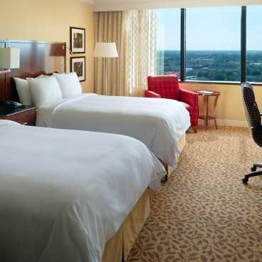 Marriott Metairie Lakeway Guest Room