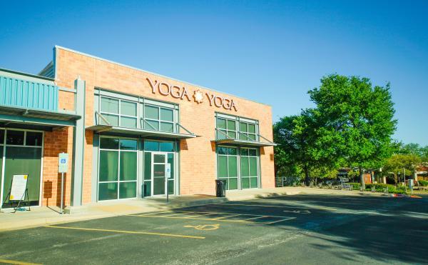 Yoga Yoga Exterior