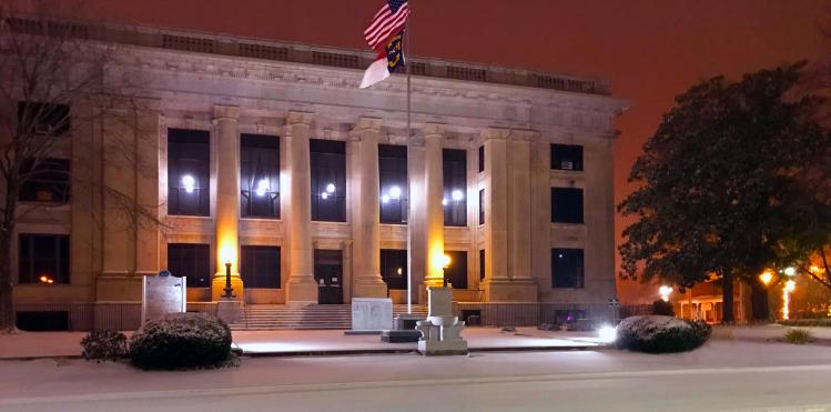 Smithfield Courthouse in snow