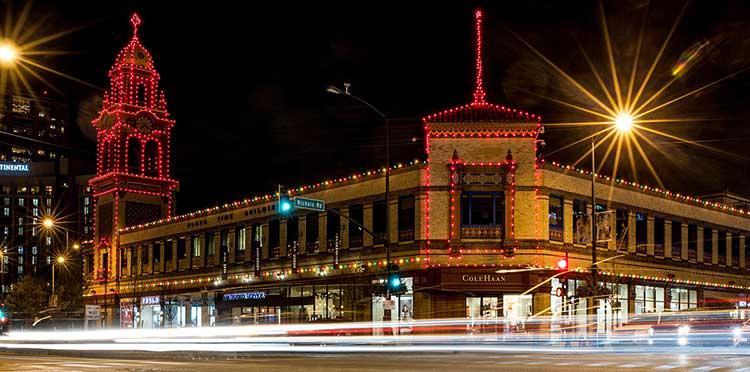 Christmas-Lights-on-the-Plaza
