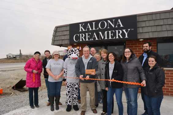 Kalona Creamery Ribbon Cutting