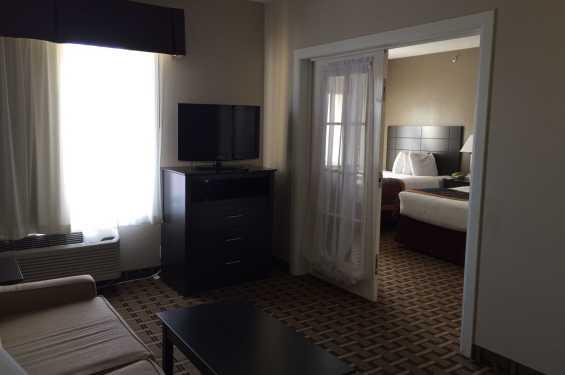 2 Room Queen Suite Living Room