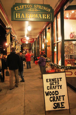 downtown-clifton-springs-winter-festival-of-lights