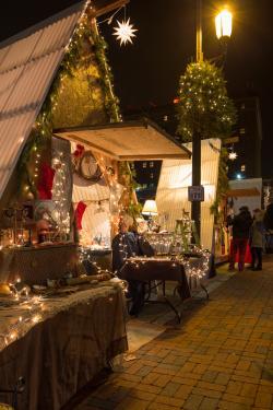 Christmas in Bethlehem - Christmas City Village 02 - Discover Lehigh Valley