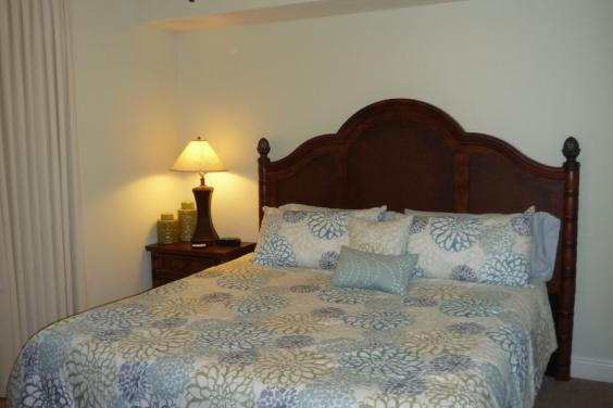 Master Bedroom - King Size Tempur-Pedic