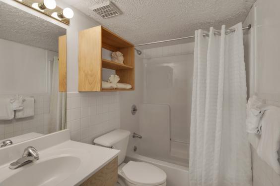 Beachbreak Bathroom