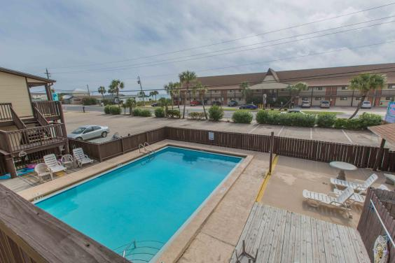 Great Pool across street from Unit and Beach