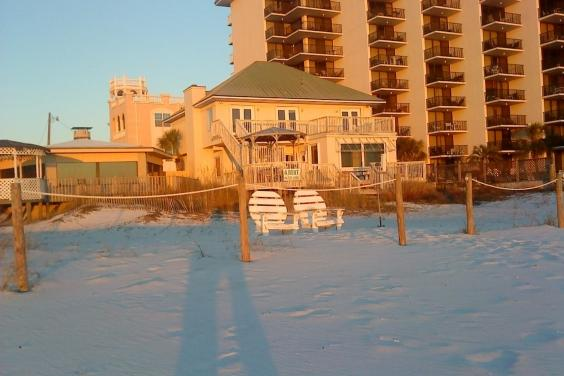 Gulf Belle: view from beach