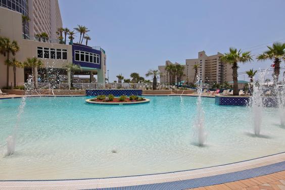 Laketown Wharf Pool