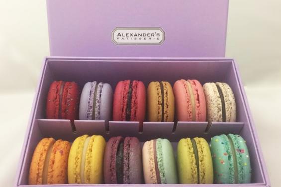 Alexanders Pattisiere Macarons
