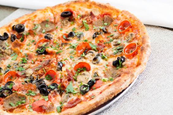 Amici_s+Combo+Pizza+-+8926