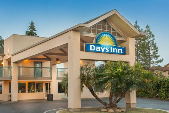 Days_Inn_Redwood_City.jpg