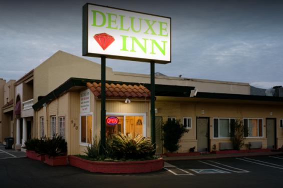 Deluxe_Inn_SSF.png