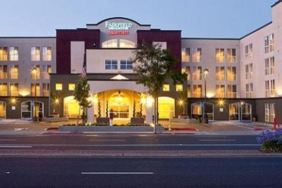 Fairfield_Inn__Suites_San_Francisco_Airport_Millbrae.jpg
