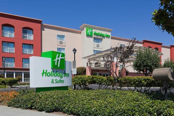 Holiday_Inn__Suites_San_Mateo.jpg