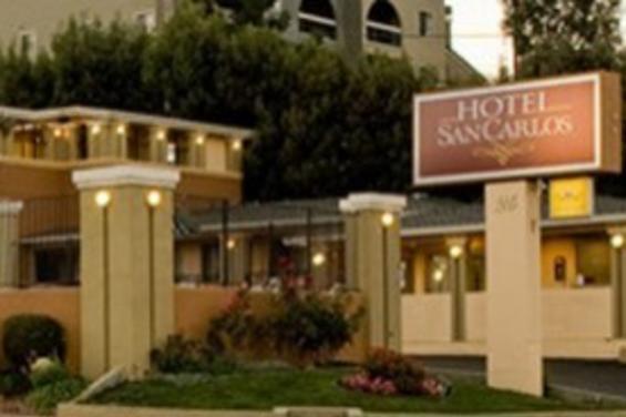 Hotel_San_Carlos.jpg