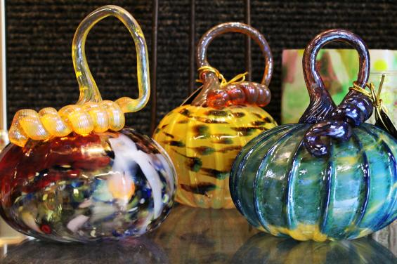 HMB Art Glass by Edna Takeda Geller