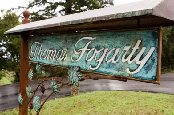 entrance_Thomas_Fogarty_Winery.jpg