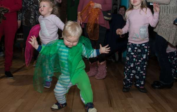 New Year's Eve (Afternoon) Dance Party