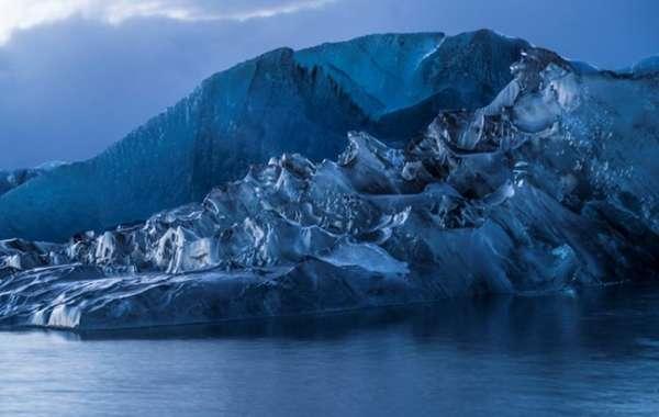 Iceland's Vanishing Beauty: Photography by Michael Kienitz