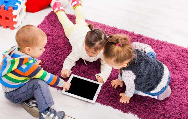 How Electronic Media Affects Your Young Child with Lisa Guernsey