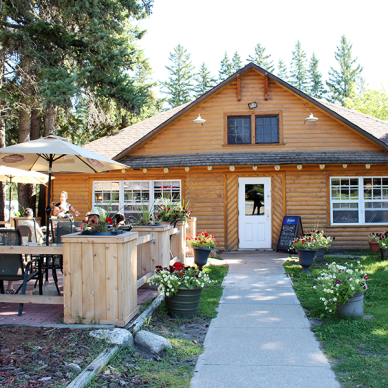 Wigwam Restaurant in Wasagaming